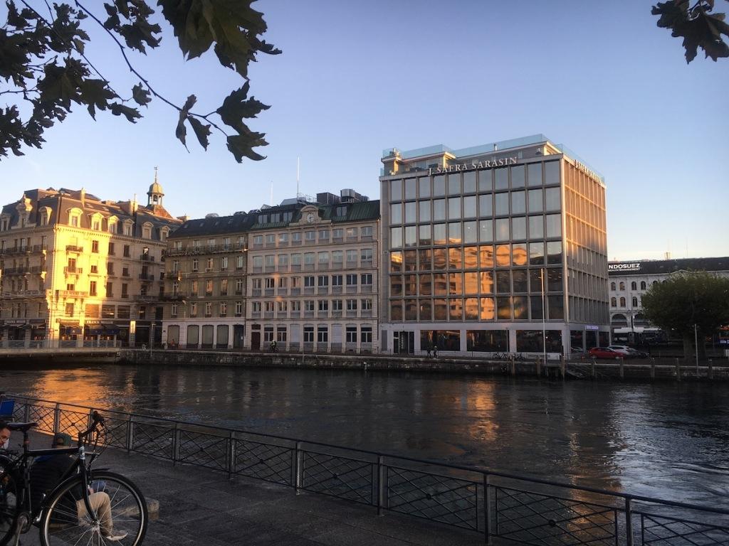 Genfer Bank an der Rhone