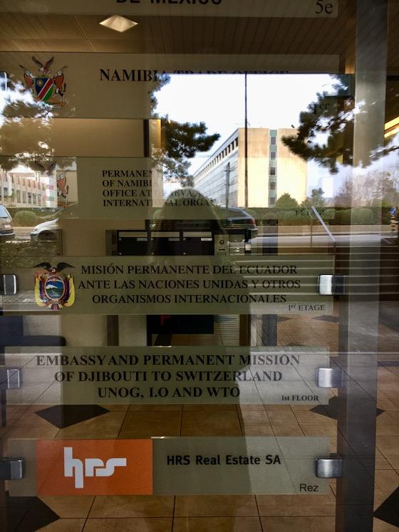Eingang diplomatischer Vertretungen in Genf